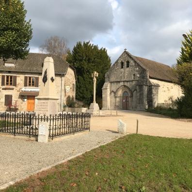 L'Auberge et l'église Cheissoux